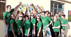 ボランティア仲間とコミュニティ活動