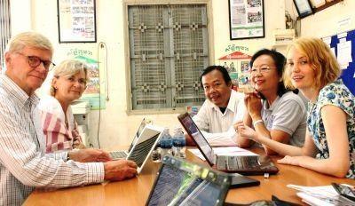 Vrijwilligers op het Microkrediet project in Cambodja