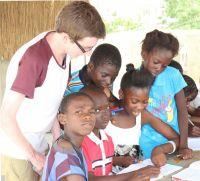 Care volunteers in Senegal expand their classes