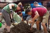Népal: Projects Abroad aide au retour à l'école des enfants après le tremblement de terre