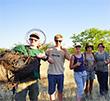 Les volontaires retirent 1,500 piégeages du bushveld africain
