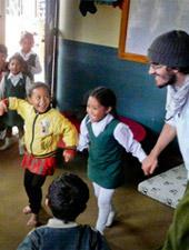 Natale all'estero. Parti per un progetto umanitario - Newsletter dicembre 2013