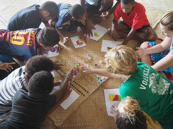 Kreative Arbeit im Sozialarbeits – und Community Work – Projekt