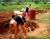 Freiwillige im Hausbau - Projekt