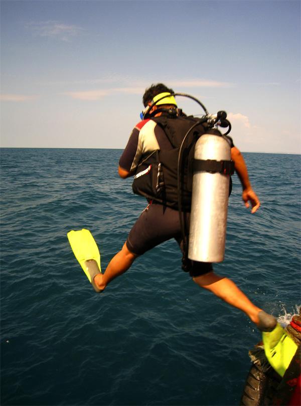 Frivillig på marineprojekt i Cambodja