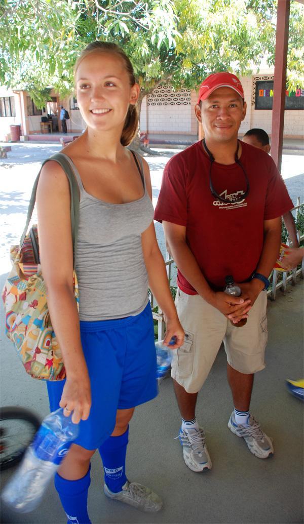 Frivillig sportstræner i Costa Rica