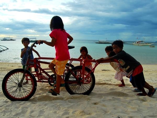 Børn på stranden