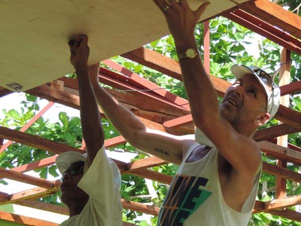 Genopbygning efter tyfonen