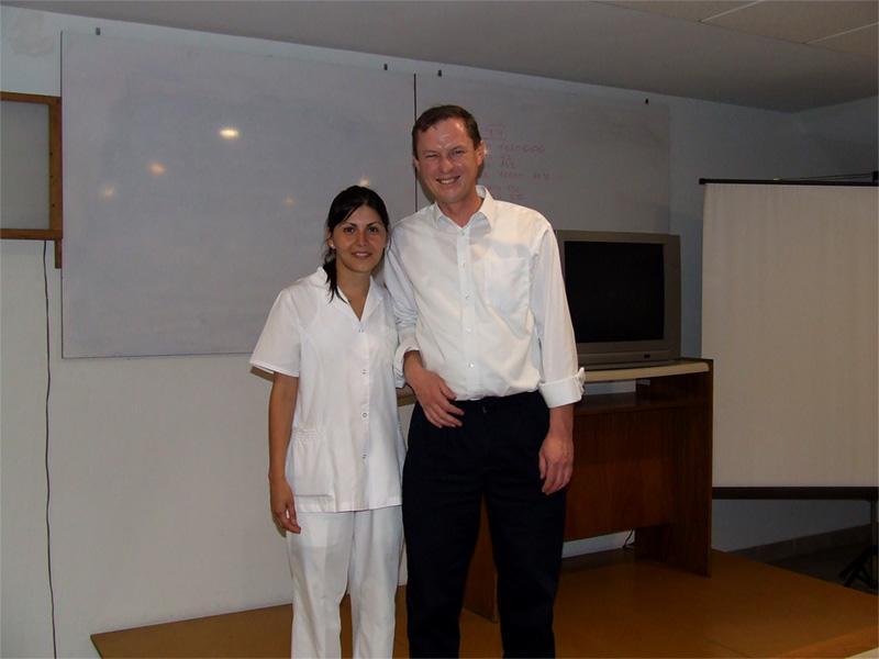 Volontaires sur un stage en médecine