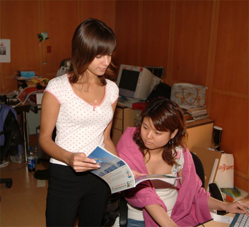 Volontaire sur un stage en journalisme au sein d'un magazine en Chine