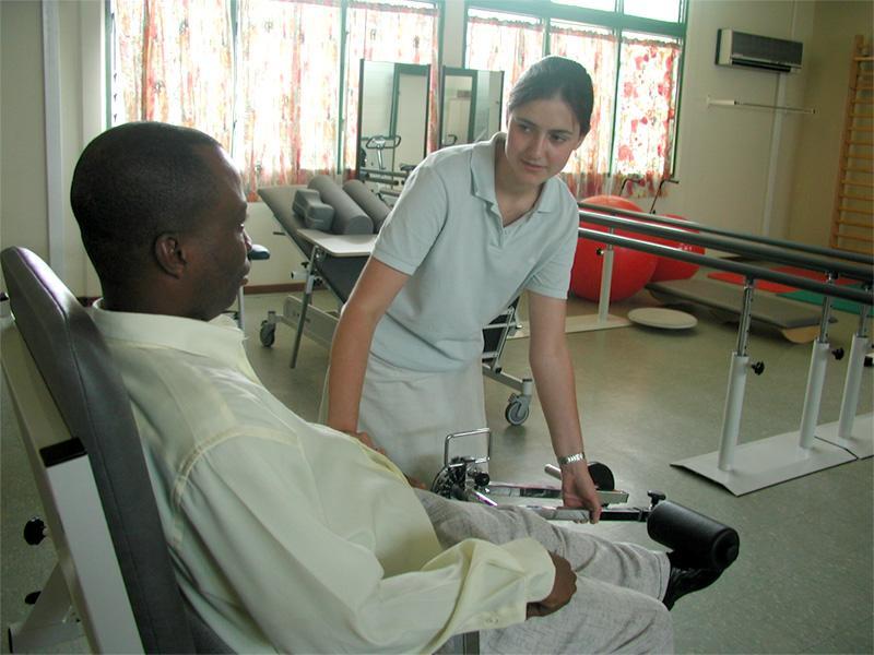 Volontaire sur une mission en physiothérapie