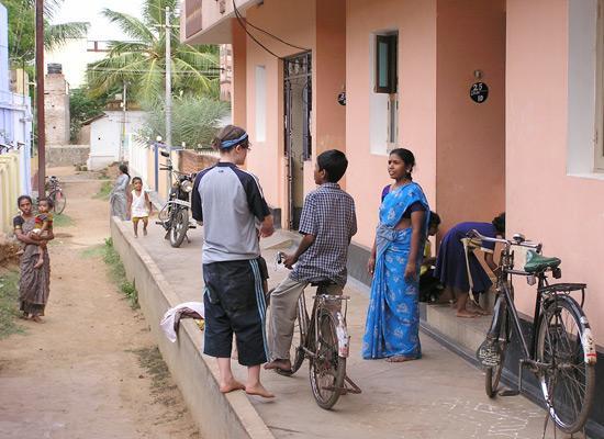 Volunteer on street