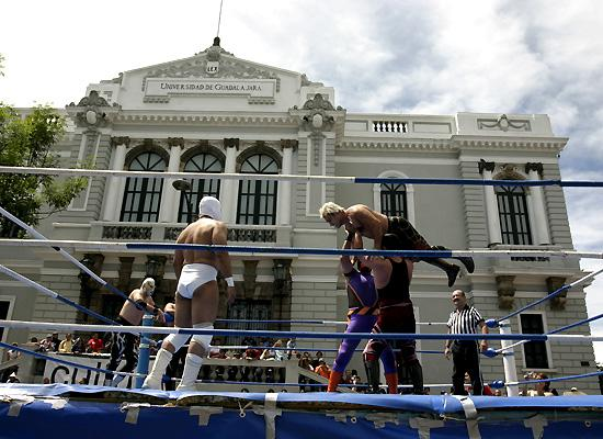 Wrestlers from Guadalajara