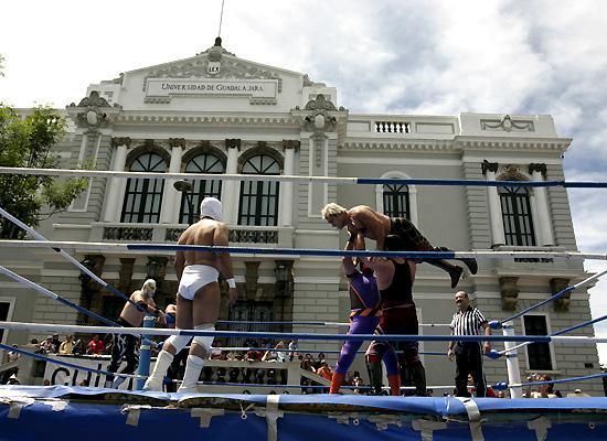 Wrestlers from Guadalajara