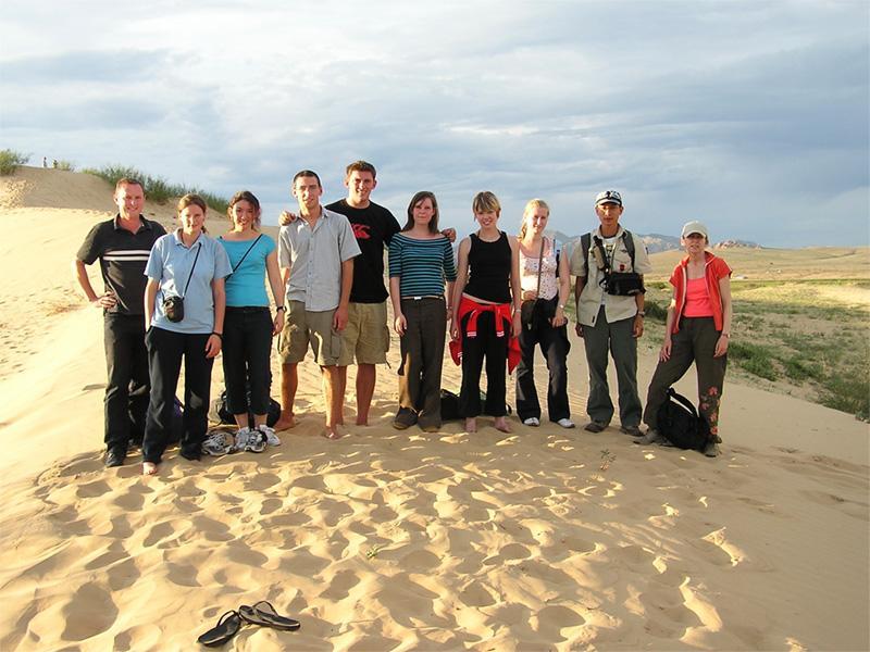Découverte culturelle, volontaires dans le désert