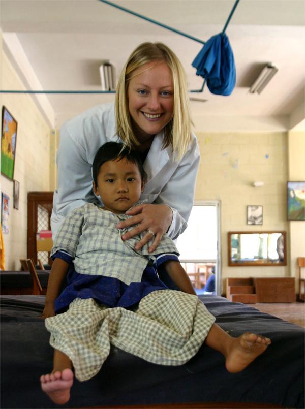 Volontaire sur un stage en médecine au Népal
