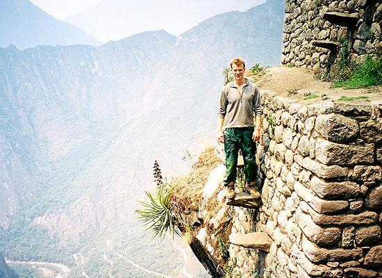Volunteer at Peru ruins