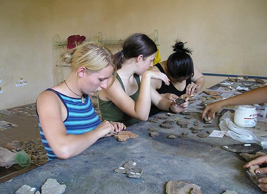 Pottery reconstruction