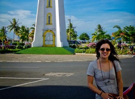 Bénévole explorant l'île