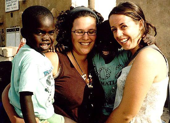 Volunteer Rebecca and kids