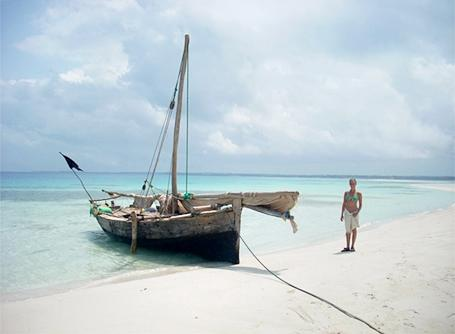 Bâteau et plage en Tanzanie