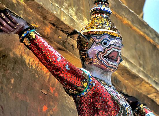 Statue in Grand Palace