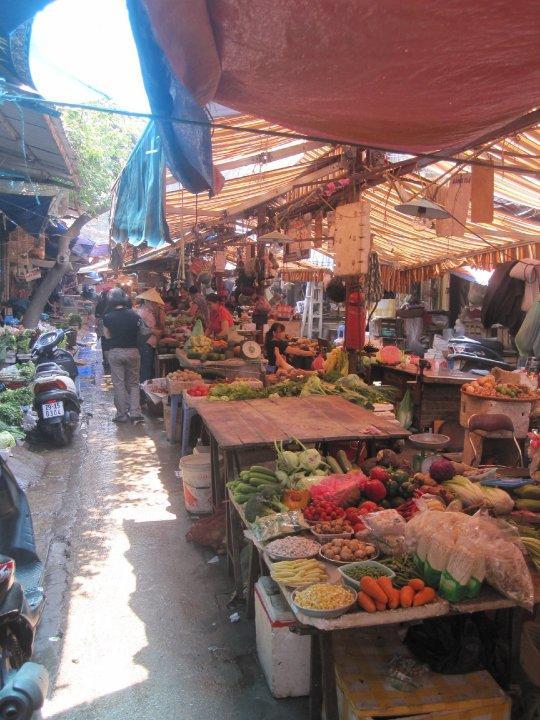 Marché bondé au Vietnam