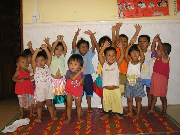 Atelier jeux enfants humanitaire