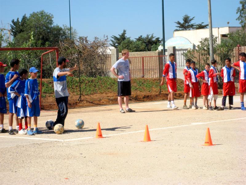 Bénévole mission sport sur le terrain