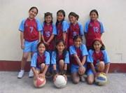 Equipe de football de jeunes filles