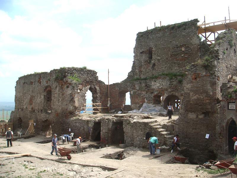 Chantier de fouilles archéologiques