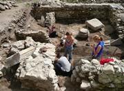 Bénévoles en archéologie sur le terrain