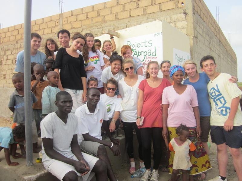 Groupe de volontaires sur le terrain