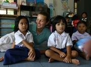 Volontaire sur le terrain humanitaire