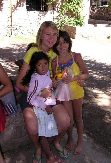 アルゼンチンのケアプロジェクトで活動するボランティア