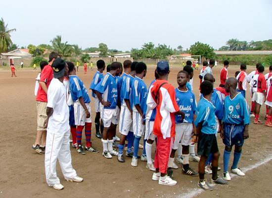 Teams grouping up