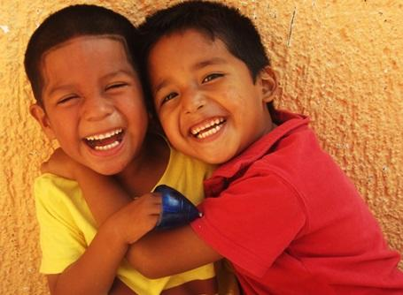 ケアプロジェクトの活動先にいるメキシコの子供たち