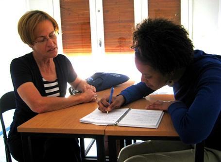 フランス語・アラビア語の追加コースを受講するプロジェクトアブロードのボランティア