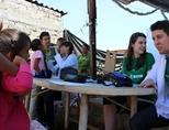 멕시코 재역봉사활동에서 활동하는 의료 봉사자들