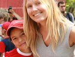Care volunteer with Romania girl