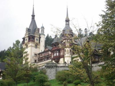 Bezoek dit prachtige kasteel in Roemenië als je in het weekend vrij bent van je vrijwilligersproject