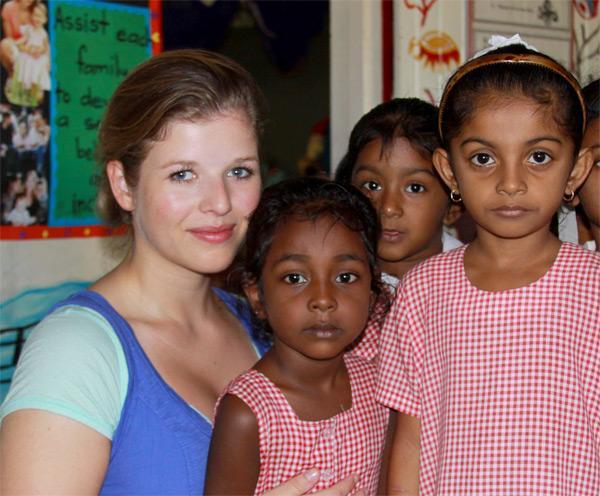 Projects Abroad vrijwilliger op een sociaal project in Fiji
