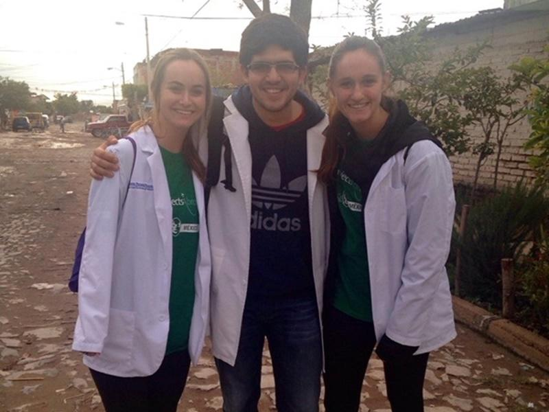 Projects Abroad vrijwilligers op hun Gezondheidszorg project in Mexico