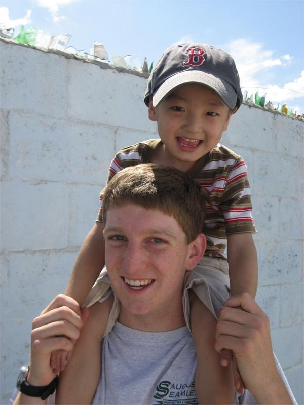 Projects Abroad vrijwilliger op een sociaal project