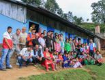 Na de aardbeving is er hard gewerkt op het bouwproject om de school te herbouwen