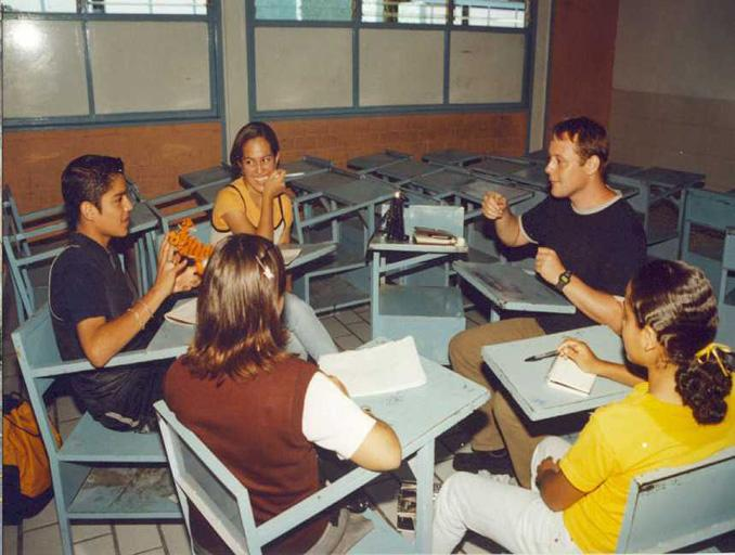 Volunteer teaching English