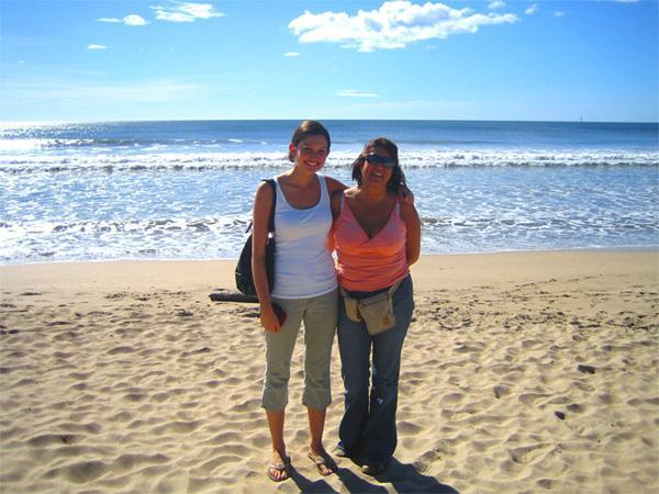 Volunteers at the beach