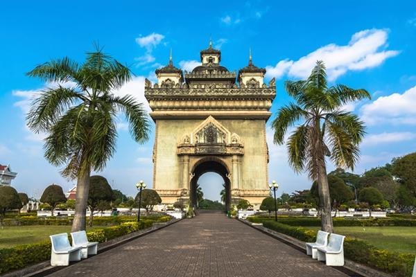 Patuxai war monument in the centre of Vientiane