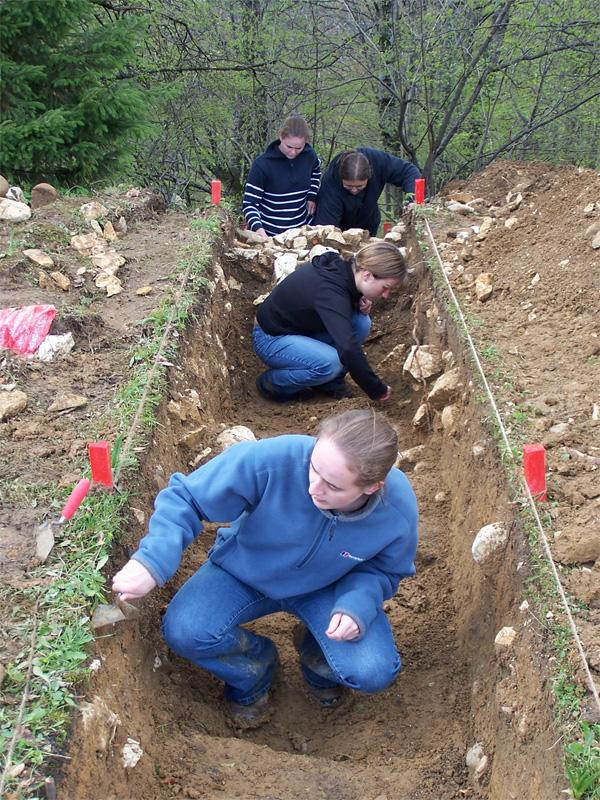 Archaeology Volunteers