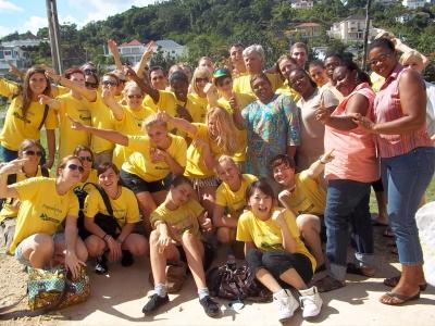 Group photo of high-school volunteers in Jamaica